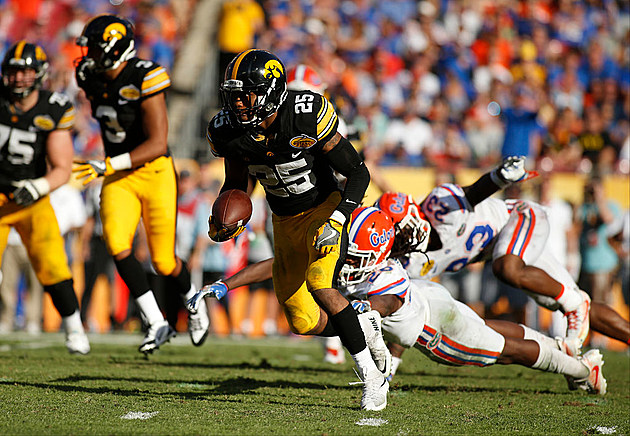 Outback Bowl - Florida v Iowa